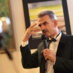 Виктор Дмитриевич Уваров- заслуженный художник  России, академик АИМ, доктор искусствоведения, профессор